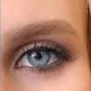 Anastasia Blonde Brow Wiz
